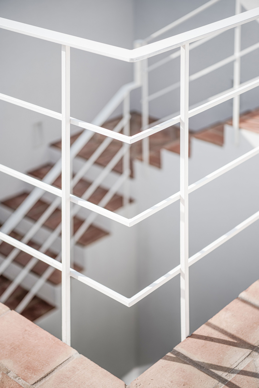 Escadas Exteriores / Outside Stairs